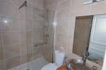 Dolmens bathroom 3.