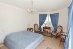 Latour bedroom 1