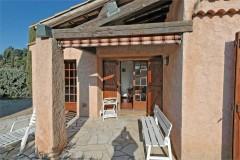 Luc kitchen terrace