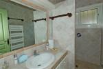 Ricoulette bathroom 2