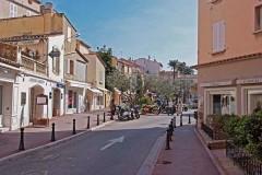 St. Tropez Place de la Garonne 4