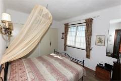 Tumulus 2 bedroom 1