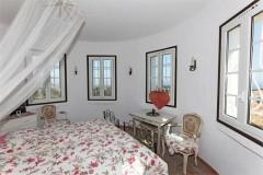 Tumulus 2 bedroom 2