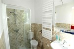 Aurelia bathroom 2.