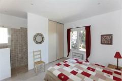 Aurelia bedroom 3 (day).