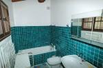 Luc bathroom